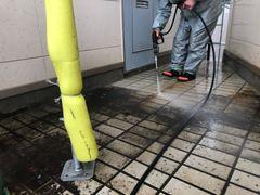 タイル高圧洗浄