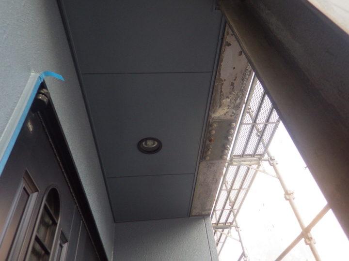 玄関天井塗装
